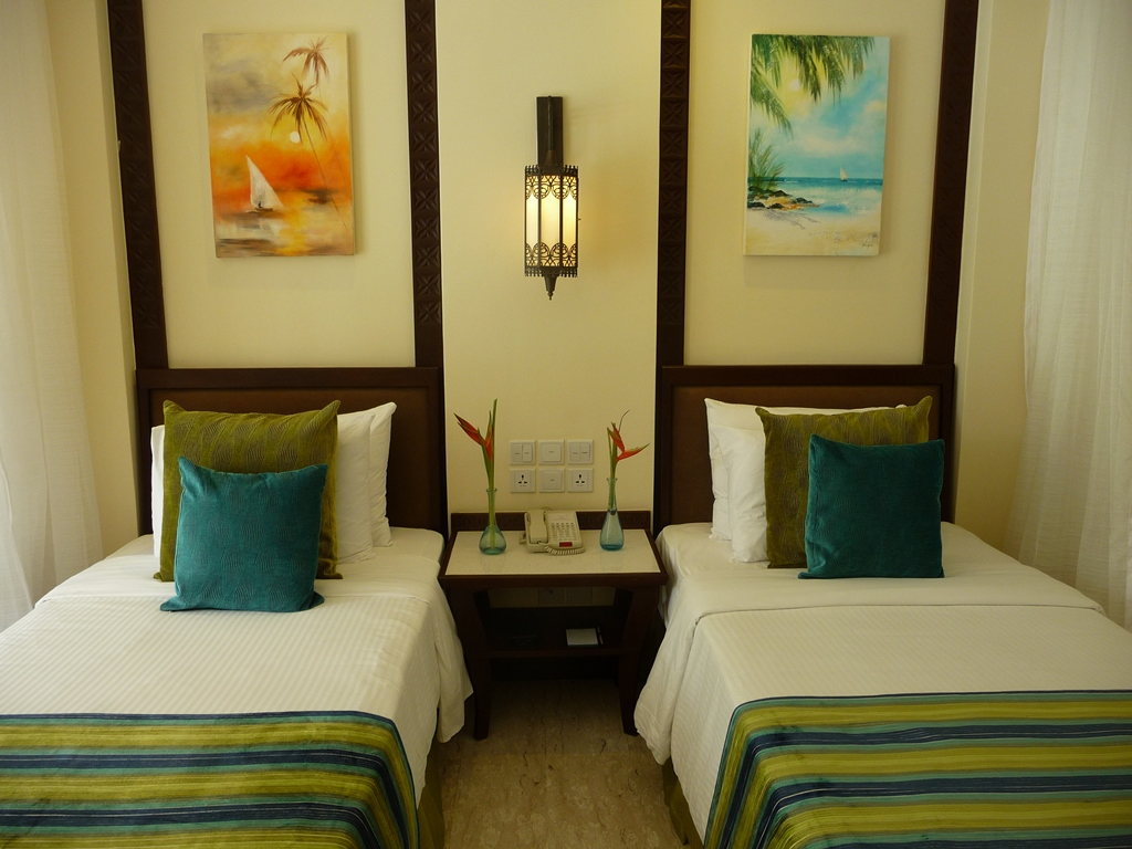 Whitesands Beach Room